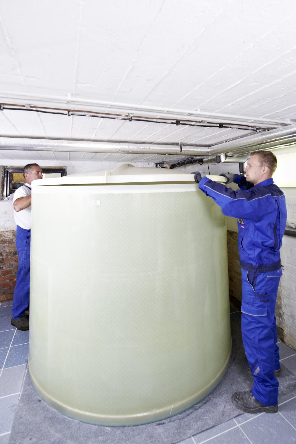 Beer Energien Heizöl Kellertank von Haase passt überall hindurch Montage