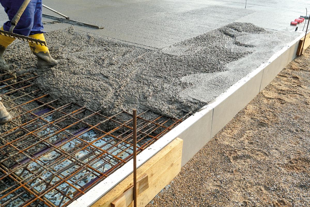 Beer-Energien-EcoRate-nature-asphalt-fluid-concrete-fluid-100-Prozent-biologischer-Oelentferner-Oeltrennmittel-Anwendung-bei-Beton-Schalung
