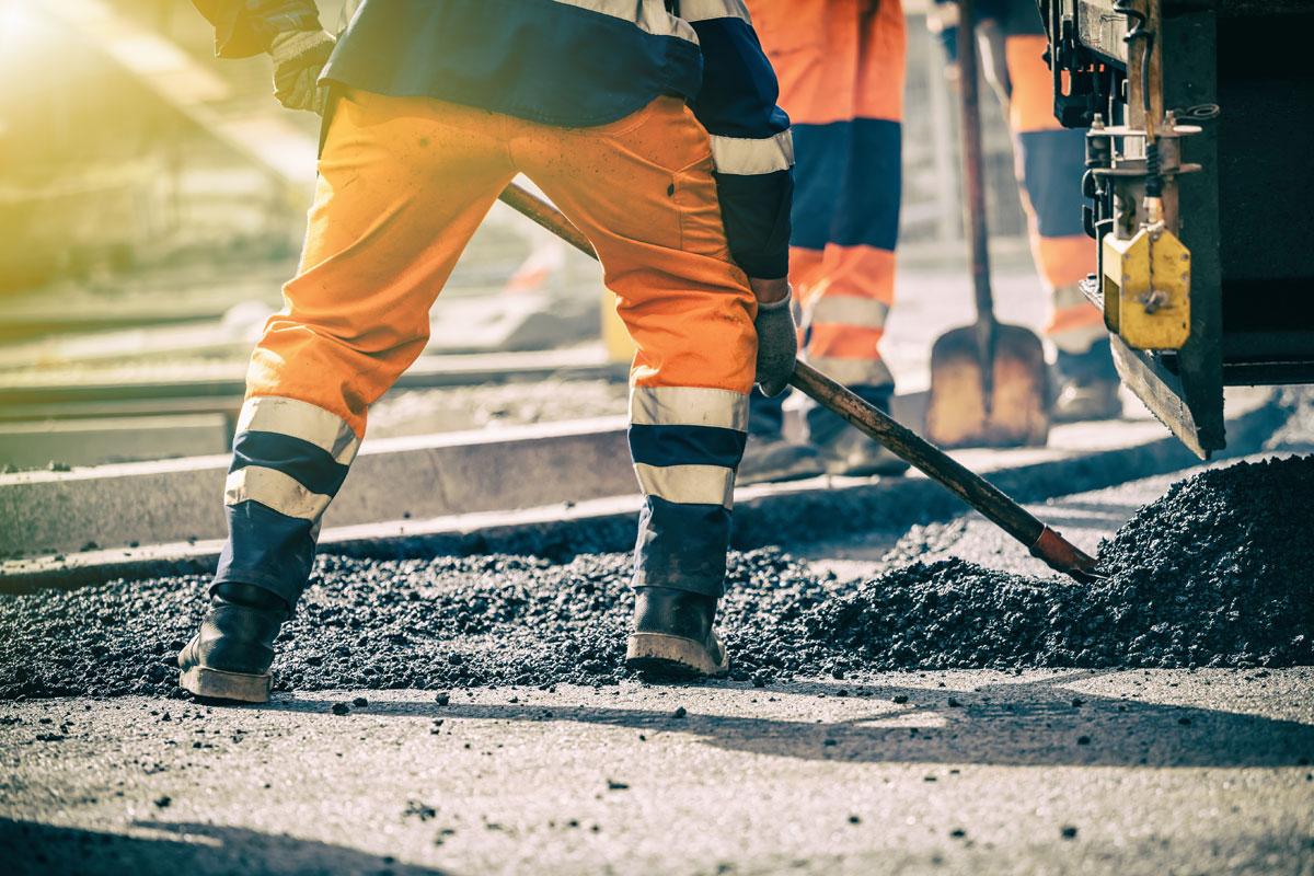 Beer-Energien-EcoRate-nature-asphalt-fluid-concrete-fluid-100-Prozent-biologischer-Oelentferner-Oeltrennmittel-Anwendung-bei-Schaufel-Handwerkzeug